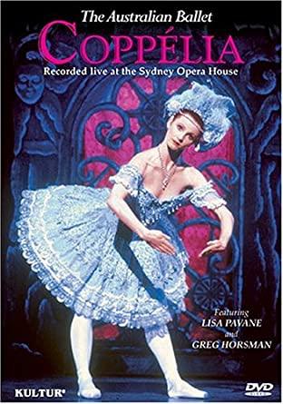 バレエ「コッペリア」を深く解説。まるで宝塚?男装した女性が踊る